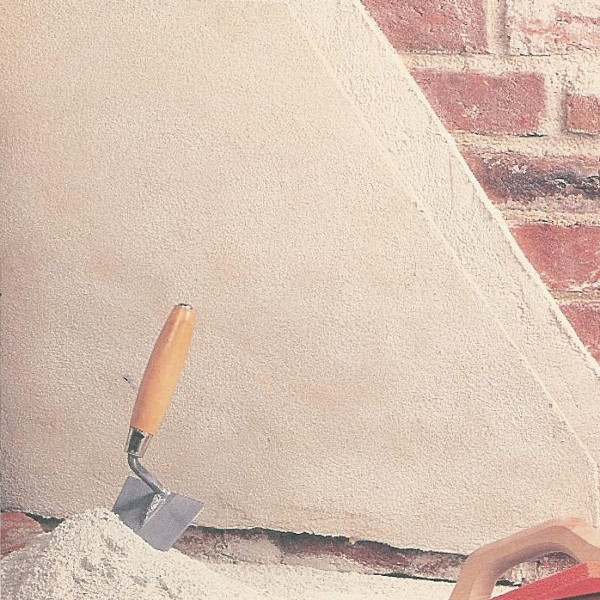 rasante murale in calce colore naturale